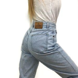 Vintage Liz Wear High Waisted Mom Jeans Acid Wash